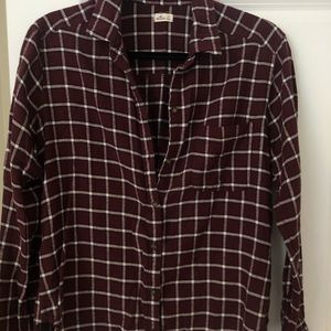 Hollister flannel!